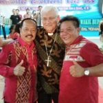 Berulang Tahun Ke 73, Uskup Sanggau Rayakan Bersama Umat