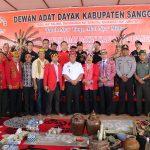 Drs.Yohanes Ontot, M.Si Kembali di Kukuhkan Sebagai Ketua DAD Kabupaten Sanggau Periode 2019-2024