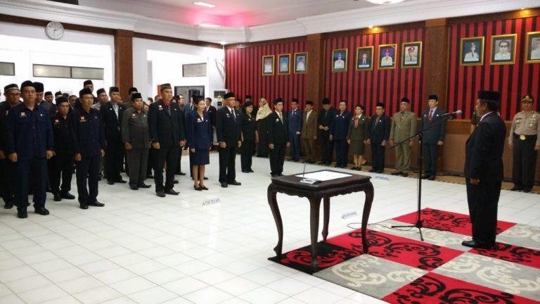 Pelantikan Pejabat Administrator dan Pejabat Pengawas dilingkungan Pemerintah Kabupaten Sanggau 2018