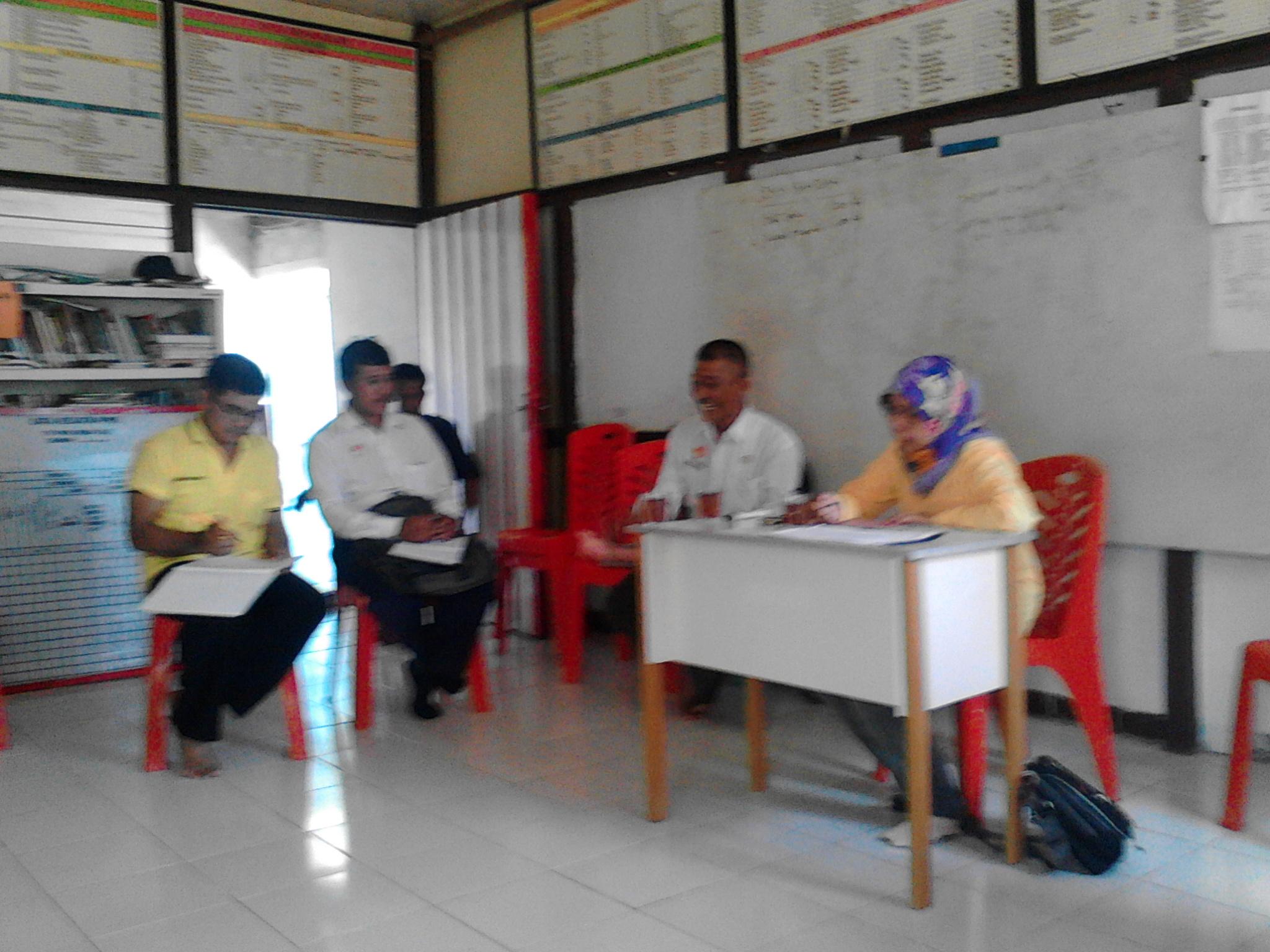 Sosialisasi Bantuan Bibit Lada di Desa TAE Kecamatan Balai