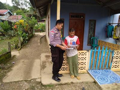 Brigadir Tatak Budi Cahyono Patroli Di Desa Binaan Serta Ajak Sukseskan Pemilu Tahun 2019