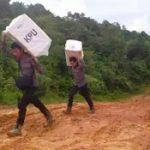 Perjuangan Mengangkut Logistik Pemilu di Pedalaman Perbatasan Entikong