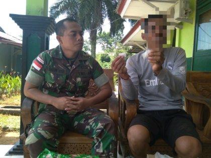 Satgas Yonmek 643/Wns Gagalkan Penyeludupan Sabu di Entikong