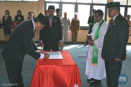 Penjabat Sekda Sanggau, Dilantik - Radar Kalbar