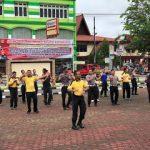 Kapolres Sanggau Pimpin Senam Pagi Untuk Menjaga Kebugaran Anggota