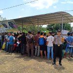Pelayanan Mobile Terpadu Polres Sanggau Berikan pelayanan di Kecamatan Bonti
