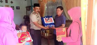 Anjangsana Kapolsek Parindu berikan Sembako kepada Purnawirawan Polri