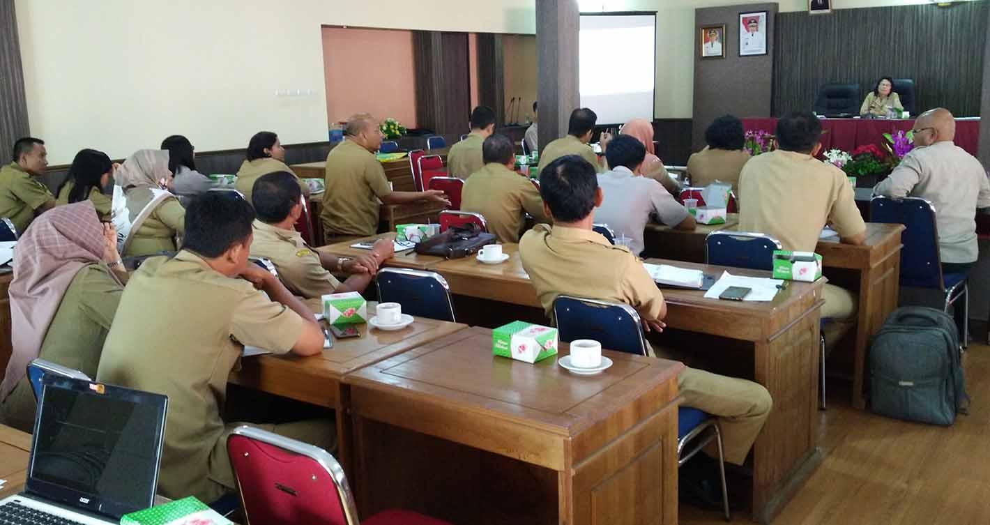 Rapat Persiapan Visitasi Penilaian PPID Kabupaten Sanggau