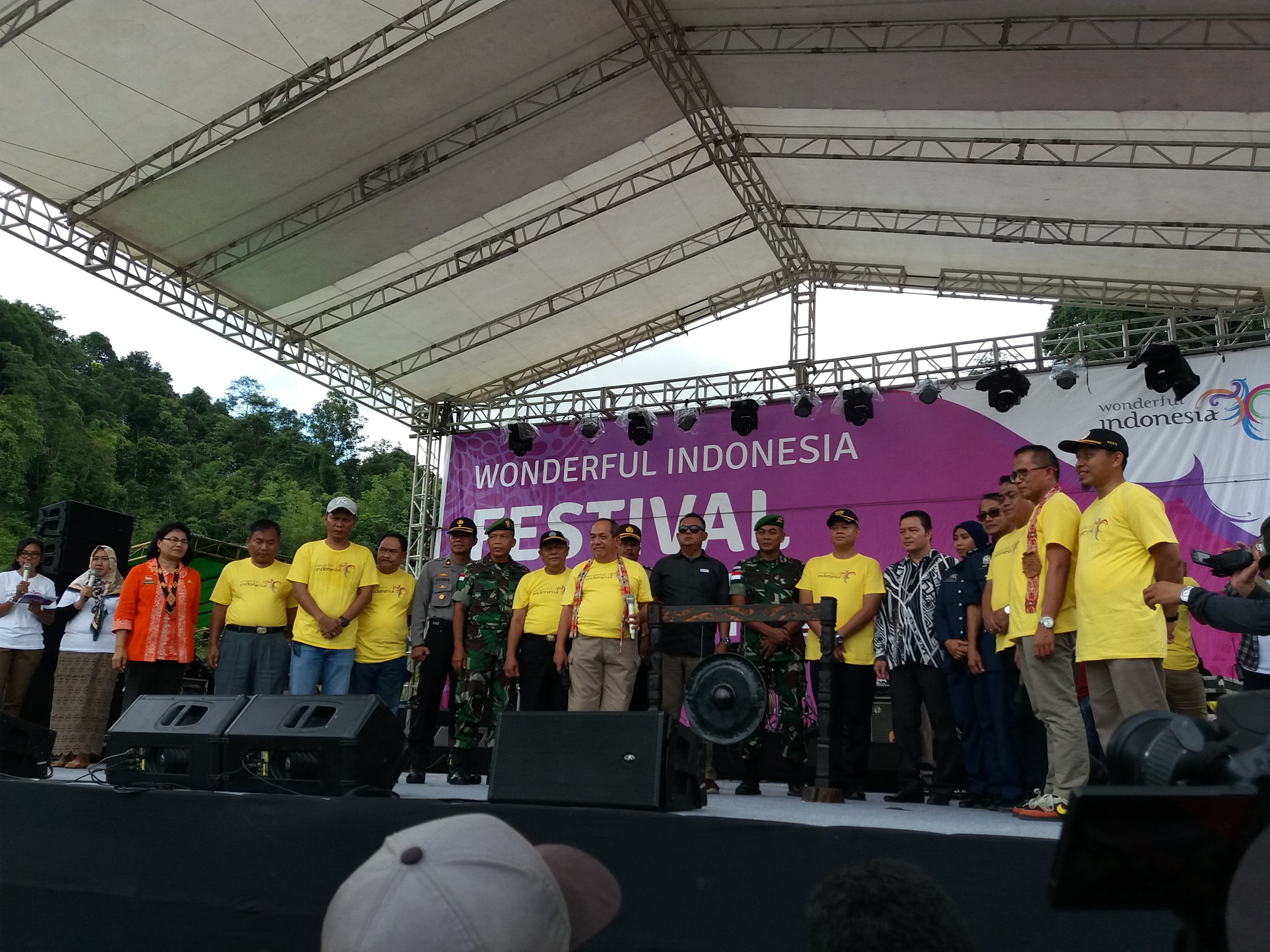 Wonderful Indonesia Cita-citata menggoyang masyarakat Perbatasan
