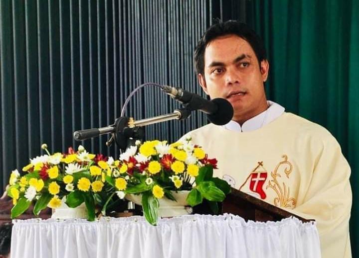 Pastor Bonifasius Priwarwan, Pr Imam Di Keuskupan Sanggau Tutup Usia