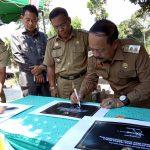 Wabup Sanggau Drs.Yohanes Ontot, M.Si Meresmikan Proyek Infrastruktur Desa se-Kecamatan Tayan Hilir