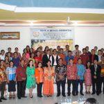 Safari Natal di GBI Dusun Tanjung Maya Kembayan, Bupati Berpesan Jemaat Terus Tingkatkan Keimanan
