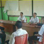 Sambang Kantor Desa Bhbinkamtibmas Berikan Pesan Kamtibmas