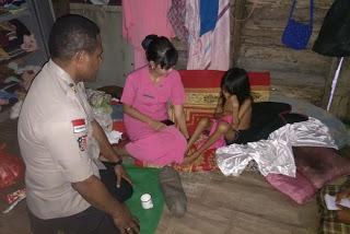 Kegiatan Bhakti Sosial Kapolsek Tayan Hilir Bantu Keluarga Kurang Mampu
