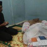 Kapolres Mukok Melayat kerumah Duka Purnawirawan Polri