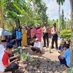 Kapolsek Toba Beserta Anggota dan Bhayangkari Datangi Rumah Duka Aiptu Darwanto