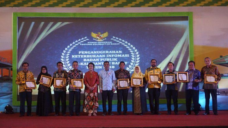 Kabupaten Sanggau Meraih Peringkat Tiga Kategori Keterbukaan Informasi Terbaik Se-Kalimantan Barat Tahun 2018