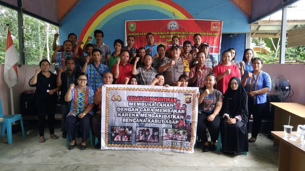 Pembangunan Keluarga Kecil Yang Bahagia dan Sejahtera Melalui Program Kampung KB