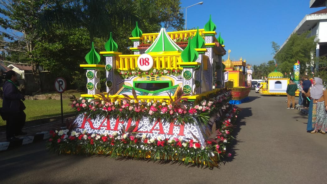 Artis Ibu Kota Meriahkan Pawai Ta'ruf STQ XXV Nasional di Pontianak