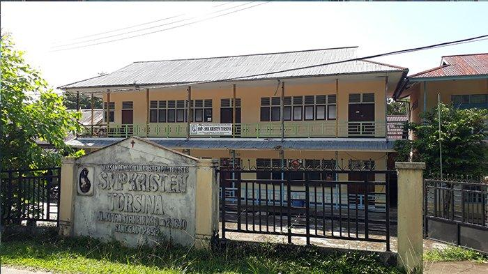 TRIBUNWIKI: Disini Alamat SMP Kristen Torsina Sanggau