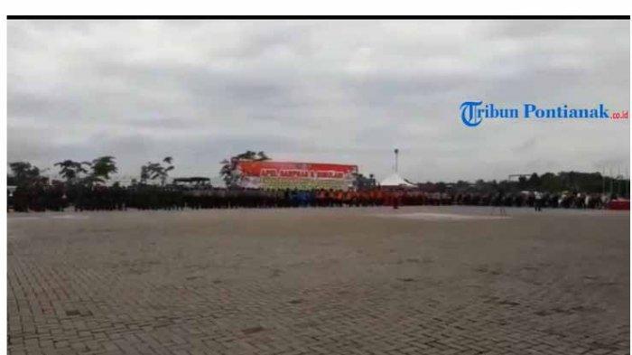 VIDEO: Kapolda Kalbar Pimpin Apel Sarpras dan Simulasi Penanganan Karhutla di Sanggau