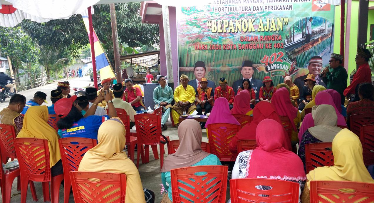 Bepanok Ajan Dalam Rangka Hari Jadi 402 Kota Sanggau