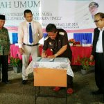 Bupati Sanggau Berikan Kuliah Umum Di Kampus STKIP Entikong