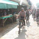 Lebih Dekat dengan Masyarakat, Sat Sabhara Polres Sanggau Gelar Patroli Bersepeda