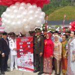 Upacara Pengibaran Bendera Merah Putih Hut Ri Ke 73 Di Halaman PLBN Entikong