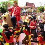 Apel Gabungan, Pawai Budaya Dan Makan Berami Merupakan Puncak 402 Hari Jadi Kota Sanggau