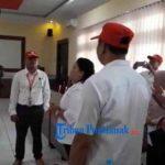 VIDEO: Day To Remember PMI ke- 34, Ketua PMI Serahkan Bunga Mawar dan Masker ke Kodim Sanggau