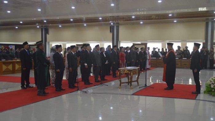 40 Anggota DPRD Sanggau Resmi Dilantik, AL Leysandri: Tentunya Peristiwa ini Menjadi Moment Penting