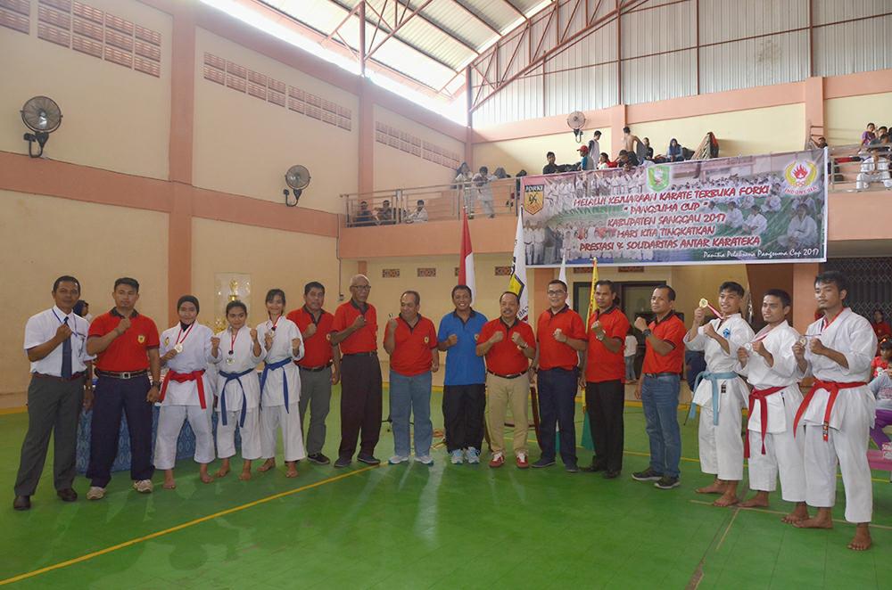 Wakil Bupati Sanggau Buka Pangsuma Cup I Tahun 2017