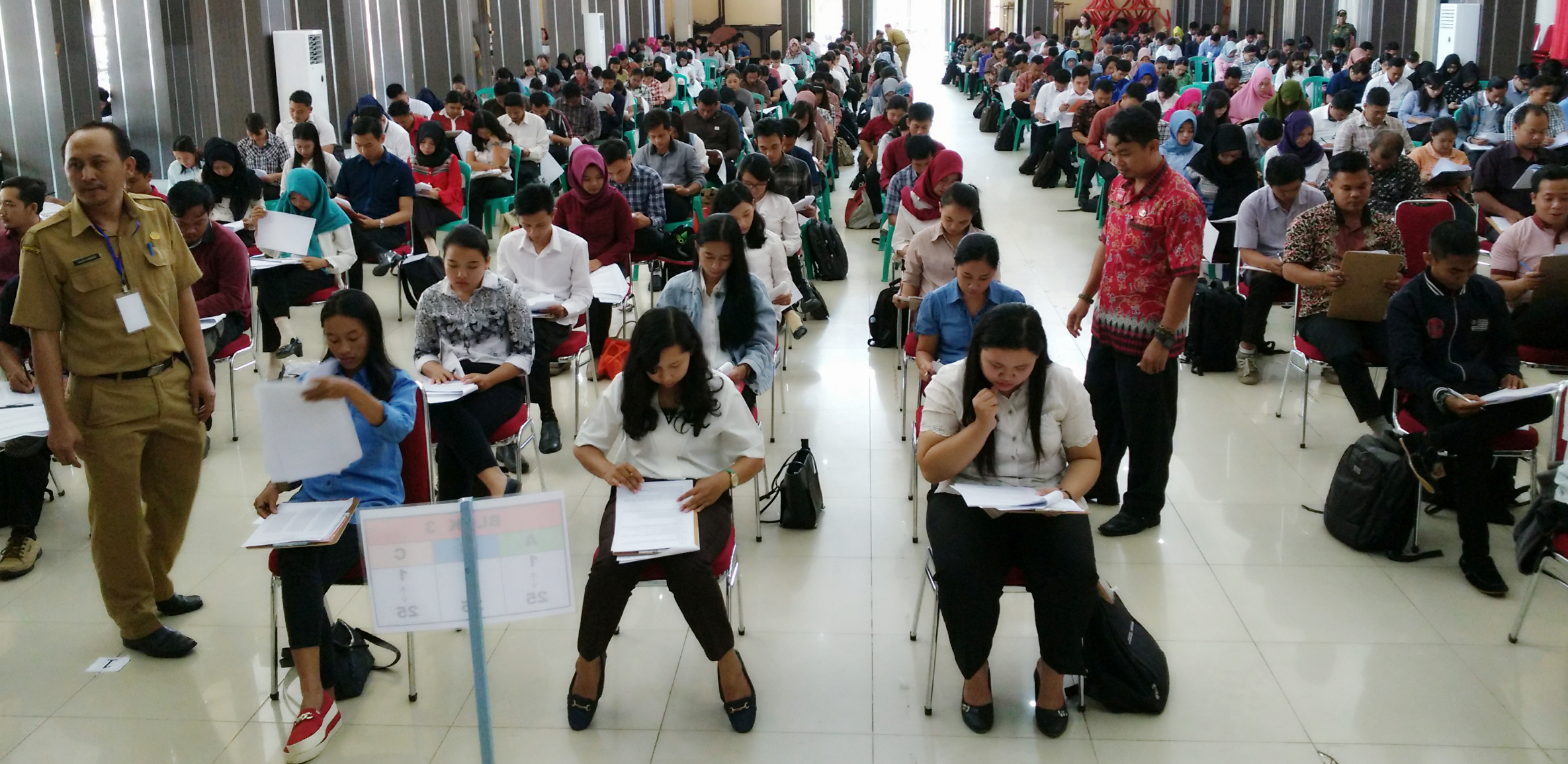 871 Pelamar Ikut Tes Penerimaan Tenaga Kontrak Daerah