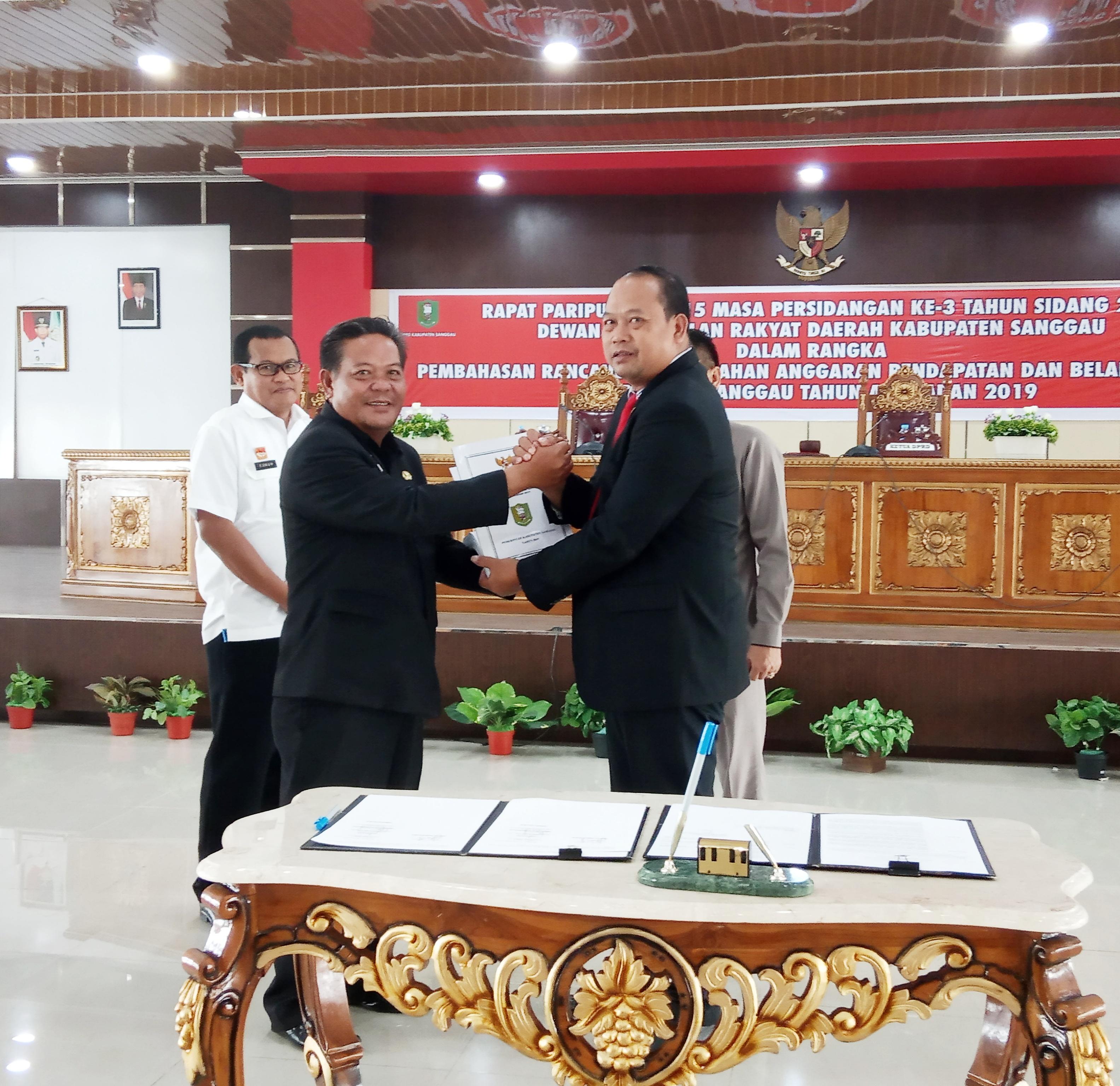 DPRD Sanggau Setujui Perubahan APBD Tahun 2019