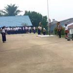 Kanitbinmas Polsek Tayan Hilir Pimpin Upacara Bendera di SMPN 1 Tayan Hilir