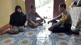 Aiptu Kotijan Melaksanakan DDS ke Rumah Warga Masyarakat Serta Sampaikan Pesan Kamtibmas