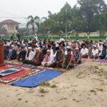 Masyarakat Kecamatan Sekayam Gelar Salat Istisqo
