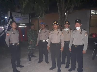 Anggota Polres Sanggau Laksanakan Pam Paradje