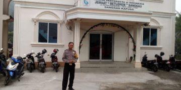 Pam Gereja Bhabinkamtibmas Pastikan Ibadah Berjalan Aman