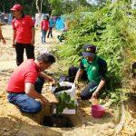 Senam Sehat dan Penanaman Pohon di Kawasan Wisata Pancur Aji Sanggau