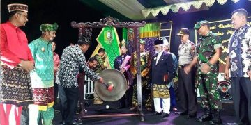 Tutup Festival Budaya Paradje Pasaka Negeri XI, Ini Pesan Bupati Sanggau