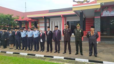 Kapolres Sanggau Hadiri Upacara Peringatan Hari Kesaktian Pancasila di Halaman Kantor Bupati Sanggau