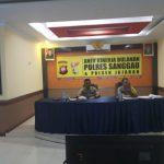 Kapolres Sanggau Pimpin Pelaksanaan Anev Bulanan di Polres Sanggau