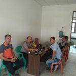 Sambangi Koperasi Kebun PT. MKS di Dusun Mayam Bhabinkamtibmas Sampaikan Himbauan Kamtibmas