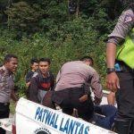 Tiga Kendaraan Kecelakaan Beruntun di Sanggau, Satu Penumpang Avanza Meninggal Dunia
