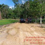 Disbunnak Lakukan Monev Pembangunan Jalan Produksi Perkebunan di Desa Pengadang