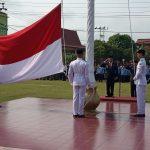 Pimpinan Upacara Hari Pahlawan, Bupati Sanggau: Mari Kita Jadi Pahlawan Untuk Jadikan Kabupaten Sanggau Yang Lebih Baik