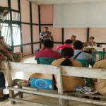 Bhabinkamtibmas Ajak Kepala Desa Beserta Jajarannya Untuk Menjaga Kamtibmas di Desanya