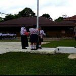 Brigpol Tatak Budi Cahyono Jadi Pembina Upacara di SMPN 1 Entikong
